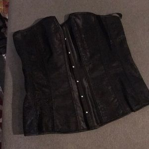 Adore me corset set NWT in box size medium